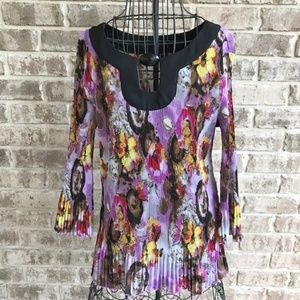 Essentials by Milano Blouse Floral Crinkle Festive